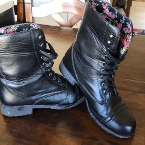 Hot topic combat boots